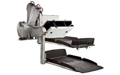 fiorella-wheelchair-lift-action