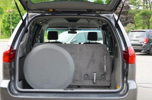 2005 Toyota Sienna wheelchair van Trunk Open