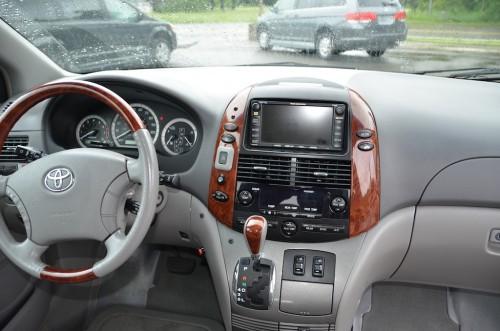 2005 Toyota Sienna XLE Limited Braun Entervan 5S383443 Dash