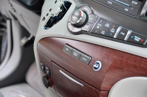 2013 Toyota Sienna VMI Summit Silver VMi New England