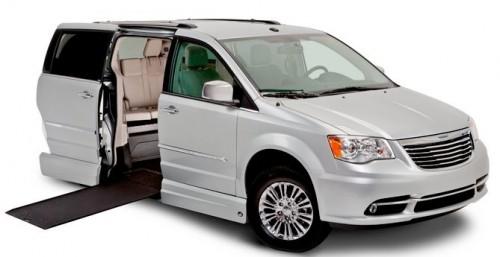 VMI New England Chrysler Northstar Wheelchair Van VMiNewEngland.com